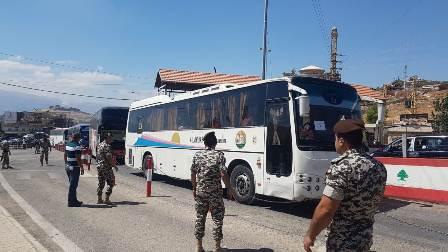 الامن العام: تأمين العودة الطوعية ل 137 نازحا سوريا من شبعا والبقاع الأوسط عبر مركز المصنع الحدودي