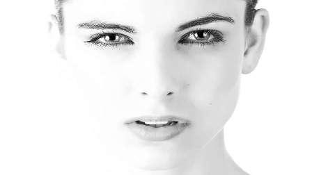 أربع  نصائح للحفاظ على بشرة نقية وجذابة