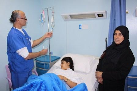 عملية جراحية للطفلة الحاج علي في صور التي اصيبت برصاصة طائشة أمس  وحالتها مستقرة
