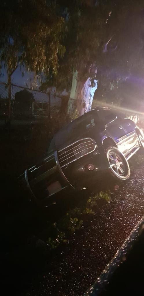 جرحى بانزلاق سيارة على أوتوستراد البداوي