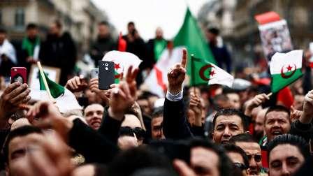 قدامى محاربي الجزائر يدعمون التظاهر ضد الولاية الخامسة