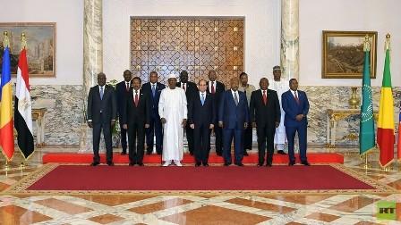 مصر.. السيسي نجح في مد فترة تسليم السلطة في السودان من 15 يوما إلى 3 أشهر