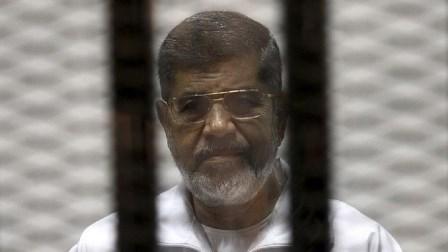 تأجيل إعادة النظر في محاكمة مرسي