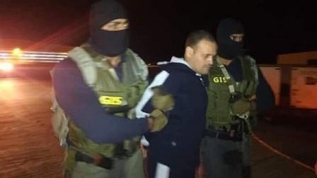 شاهد.. الإرهابي هشام عشماوي في قبضة القوات الخاصة المصرية
