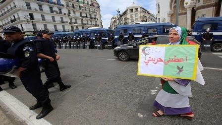 القضاء الجزائري يحقق في قضية وفاة
