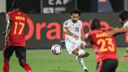 محمد صلاح يحقق رقما تاريخيا في مباراة مصر وأوغندا