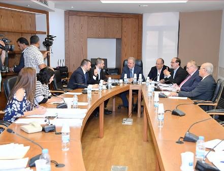 لجنة الشؤون الخارجية إستنكرت العقوبات الاميركية على أعضاء من المجلس النيابي