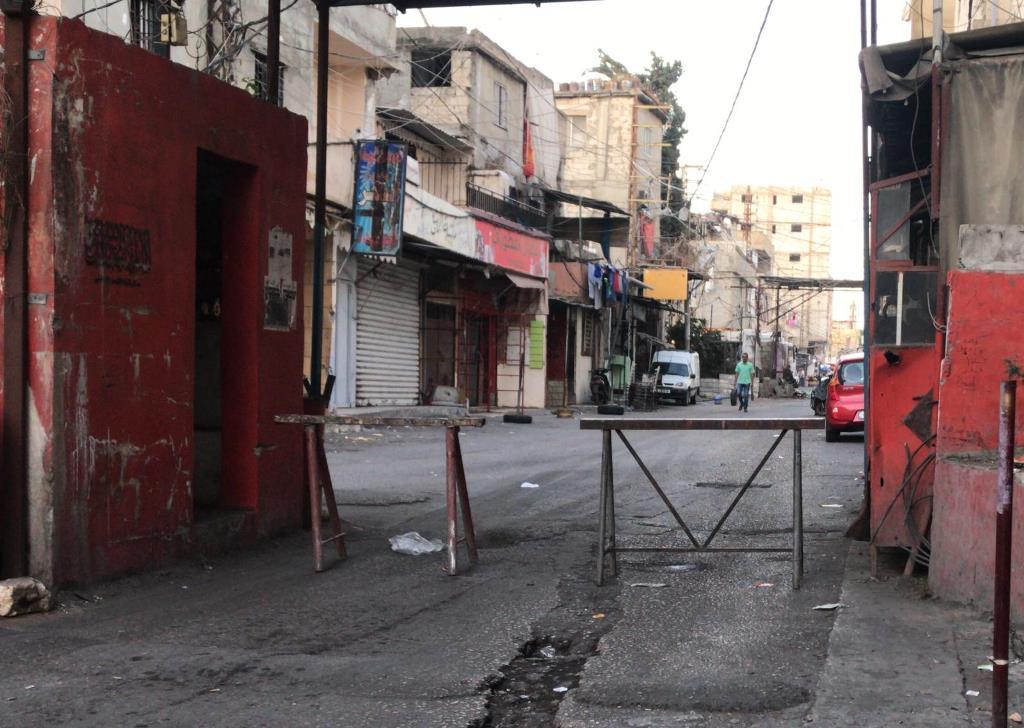 إضراب عام وإقفال مداخل مخيم عين الحلوة رفضا لقرار وزارة العمل