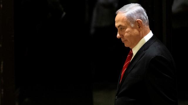 نتنياهو قد يتنازل لغانتس عن تشكيل الحكومة