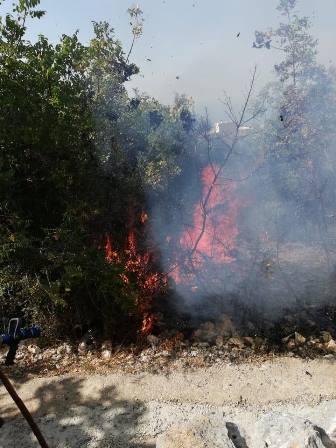 إخماد حريق في بلدة الحويش العكارية