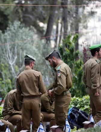 استقالة جنرال  بارز في جيش العدو الإسرائيلي بسبب التحرش بعسكريات أدنى منه رتبة
