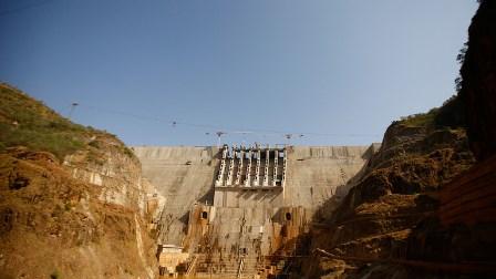 إثيوبيا تعلن الانتهاء من بناء السد الاحتياطي التابع للنهضة