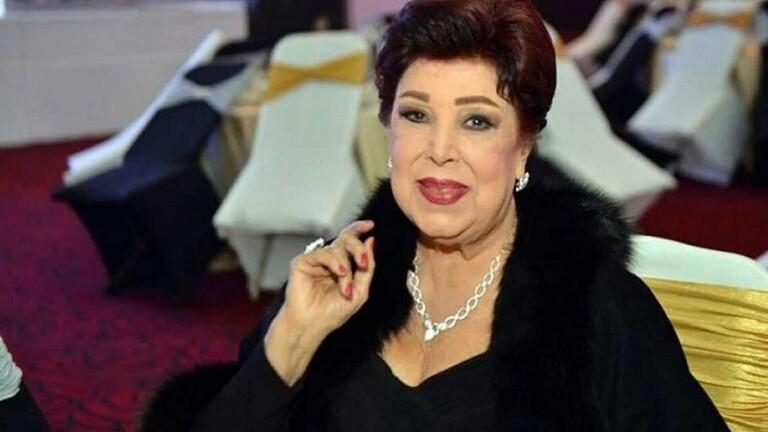 إصابة الفنانة المصرية رجاء الجداوي بكورونا.. وابنتها باكية: