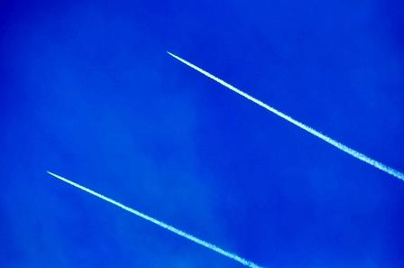 طيران العدو ينفذ غارات وهمية في أجواء النبطية وإقليم التفاح