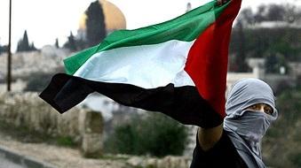 وقفة تضامنية مع أهلنا في فلسطين  بدعوة من المكتب التربوي في التنظيم الشعبي الناصري
