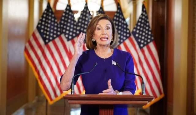 بيلوسي: سنسعى إلى عزل الرئيس السابق لدوره في أحداث الكونغرس