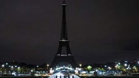 برج إيفل سيطفئ أنواره تضامنا مع ضحايا تفجير سان بطرسبرغ