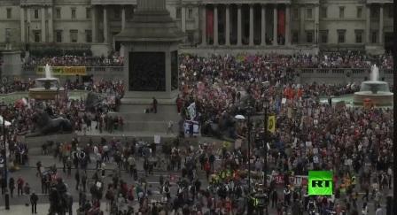 آلاف البريطانيين يتظاهرون في شوارع لندن احتجاجا على زيارة ترامب