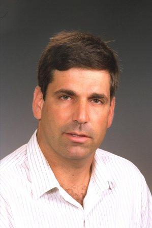 حكم بسجن وزير الطاقة الإسرائيلي السابق غونين سيغيف 11عاما بتهمة التجسس لصالح ايران