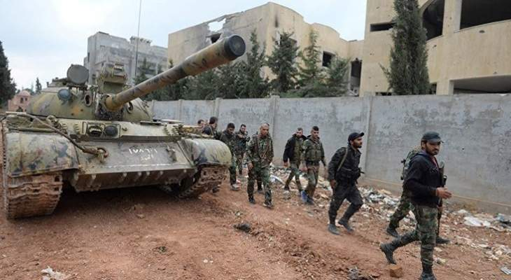 الجيش السوري يستقدم تعزيزات تحضيرا لاي عمل عسكري محتمل باتجاه ادلب