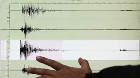 زلزال بقوة 6,9 درجة على مقياس ريختر يضرب إندونيسيا