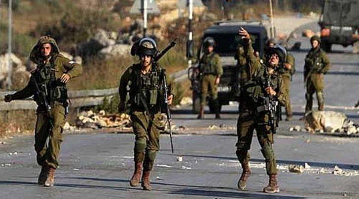 جيش العدو الإسرائيلي يعتقل وزير القدس في السلطة الفلسطينية