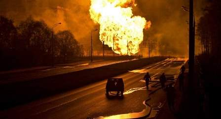 حريق كبير في مجمع تجاري في ضواحي موسكو واجلاء 3000 شخص