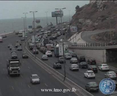 وقوع 7 جرحى نتيجة تصادم بين مركبتين على طريق التبانة- جبل محسن