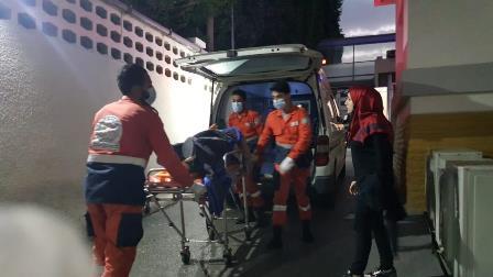 بالصور .. جريحة في حادث صدم في صيدا