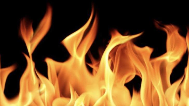 اندلاع حريق في مكب نفايات في فنيدق والدفاع المدني يعمل على اخماده