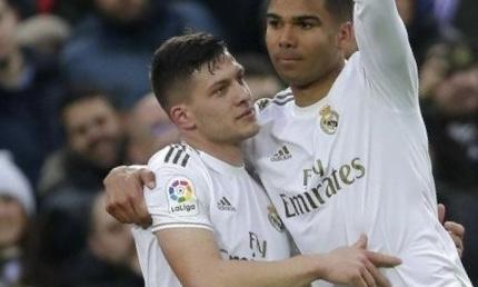 ميلان يجهز عرضا لإبرام صفقة من ريال مدريد