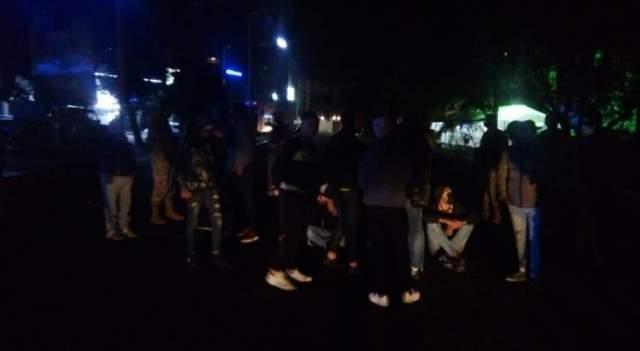 قطع السير من قبل عدد من المحتجين عند تقاطع ايليا في صيدا