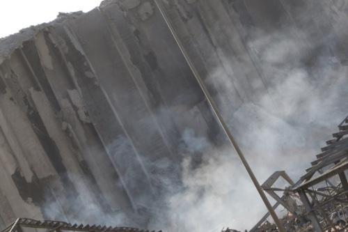 لا أزمة قمح تلوح في الأفق.. الإهراءات التي كانت تصون الأمن الغذائي حمت بيروت من مزيد من الدمار