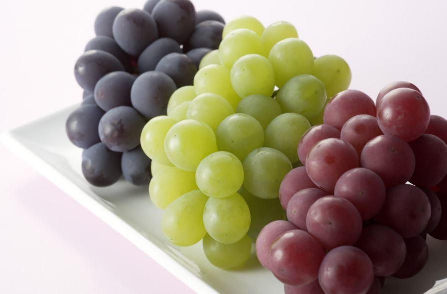 تعرّفوا على فوائد العنب!
