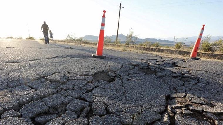 مشاهد مروّعة للزلزال الثاني في كاليفورنيا... وتحذيرات من الثالث!