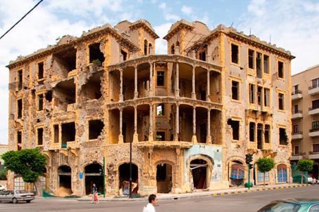 مكتبة «بيت بيروت» تشرّع أبوابها قريباً