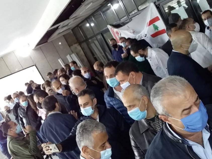 اعتصام لاساتذة اللبنانية لاقرار ملف التفرغ اسماعيل: صبرنا نفد ضاهر: 5 سنوات من المراوحة