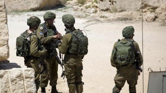 الاحتلال يعتقل 3 شبان