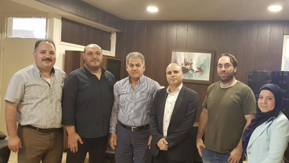 بالصور.. المكتب التربوي للتنظيم الشعبي الناصري يبحث أوضاع المدارس مع رئيس المنطقة التربوية في الجنوب