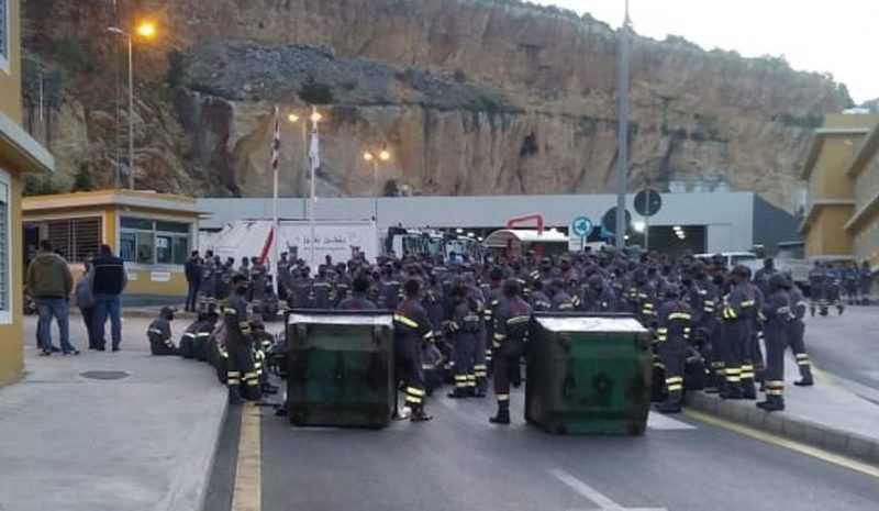 عمّال رامكو يرفضون معاملتهم كمياومين: الإضراب مستمر حتى تحقيق المطالب