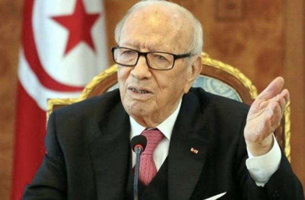 تونس.. تفجيران انتحاريان في قلب العاصمة.. والرئيس في