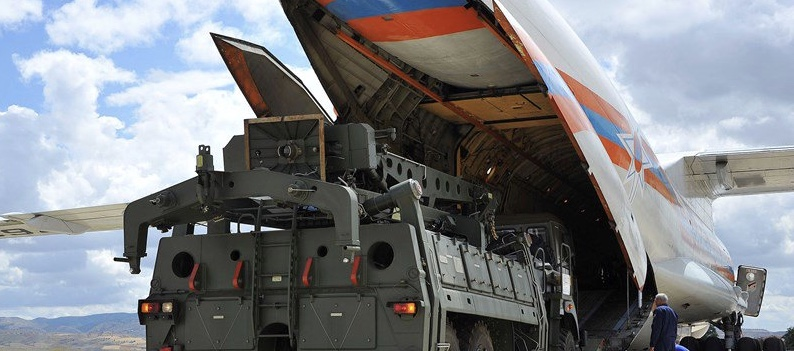 الخزانة الاميركية تدرس فرض عقوبات على تركيا بسبب صواريخ