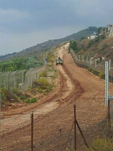 قوات الاحتلال تركب كاميرا مراقبة على بعد 100 متر مقابل طريق عام كفركلا العديسة