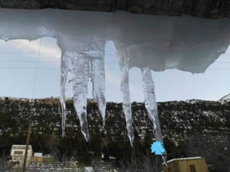 بالصور:  الجليد يرسم لوحات فنية في الشمال