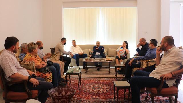 أسامة سعد يستقبل وفدا من الامانة العامة للحزب الشيوعي الكوبي يرافقه  سفير كوبا في لبنان