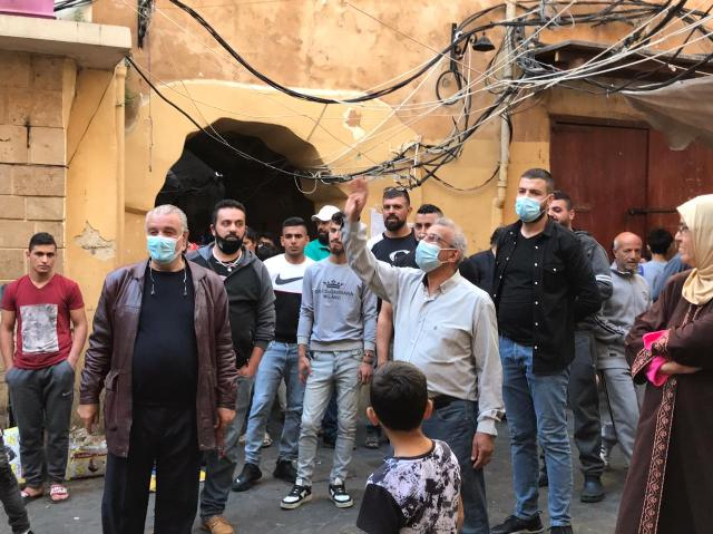 أسامة سعد يجول في صيدا القديمة ويستمع لوجع الأهالي داعياً الى تصعيد النضال بوجه منظومة العجز والفساد