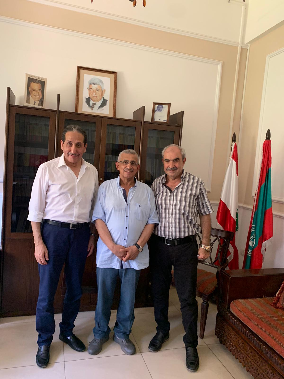 اسامة سعد يستقبل الدكتور حسين الشمري من التيار الناصري في الكويت