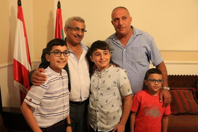 بالصور... أسامة سعد استقبل المهنئين بعيد الأضحى المبارك