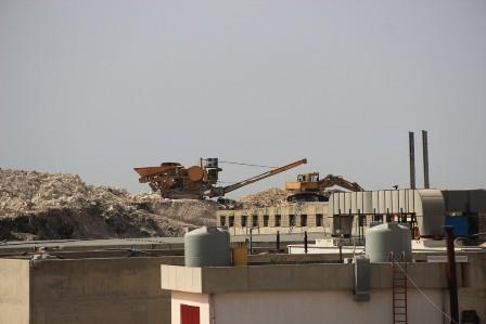 بالفيديو والصور: جبل النفايات في صيدا ينمو ويدوم ويدوم !!