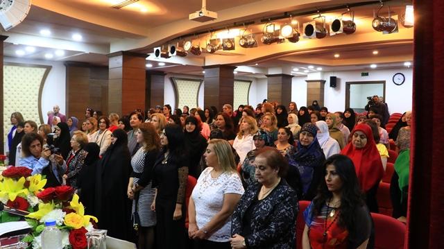 بالصور... الهيئة النسائية الشعبية في احتفال عيد المقاومة والتحرير: الشعب الموحد والمتحرر من الطائفية هو الذي يحمي إنجاز التحرير
